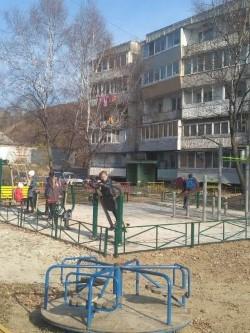 В Артёме ведётся приёмка благоустроенных дворов