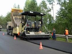 Ямочный ремонт дорог ведут в Артёме