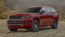 Новый Grand Cherokee вышел в трехрядной версии