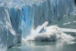 Самый быстро тающий ледник обнаружен в Антарктиде