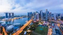 Сингапур отменяет пограничные ограничения для посетителей из двух стран
