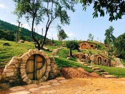 Деревня хоббитов во Вьетнаме открылась для туристов